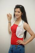 Richa Panai latest glamorous photos-thumbnail-14
