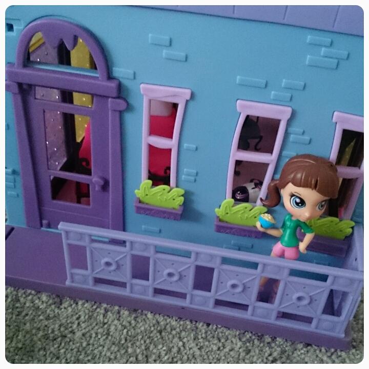 blythe's bedroom