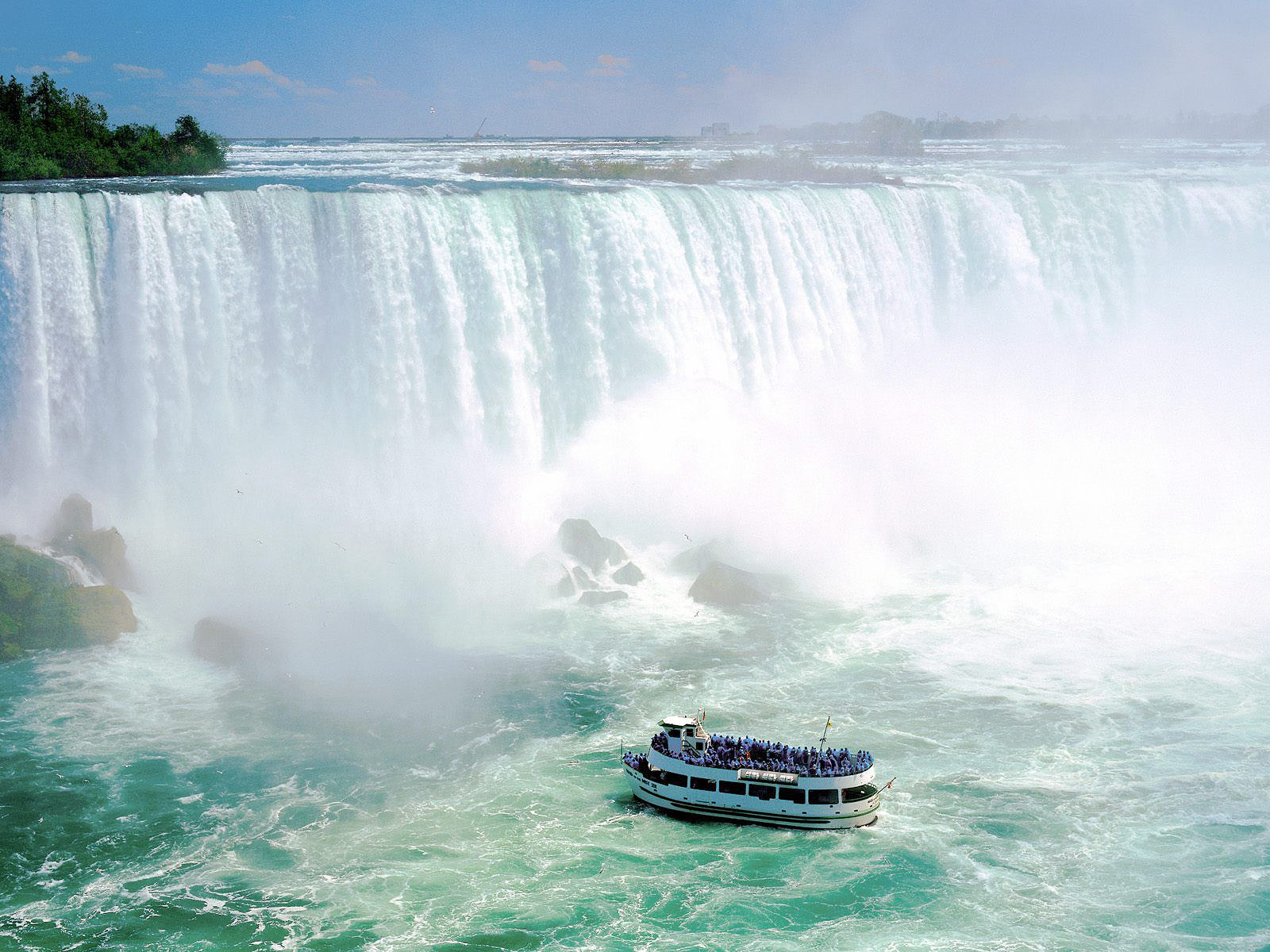 http://3.bp.blogspot.com/-fq-KpnIEg_A/TnnNt4T43uI/AAAAAAAANNU/LO0XIIPCyX0/s1600/Mooie-watervallen-achtergronden-hd-waterval-wallpapers-afbeelding-foto-1.jpg