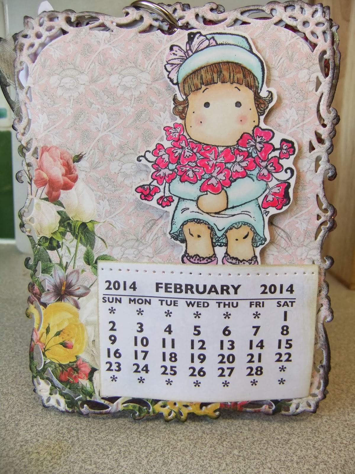 Handmade Calendar With Photos : Challenge entry for lulupu handmade desktop calendar