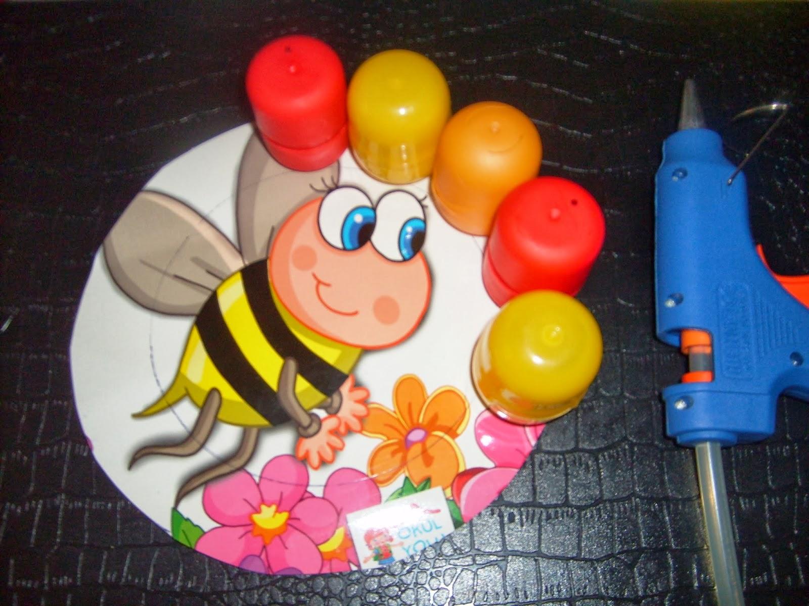 Sürpriz Yumurta Kabından Oyuncak Yapımı