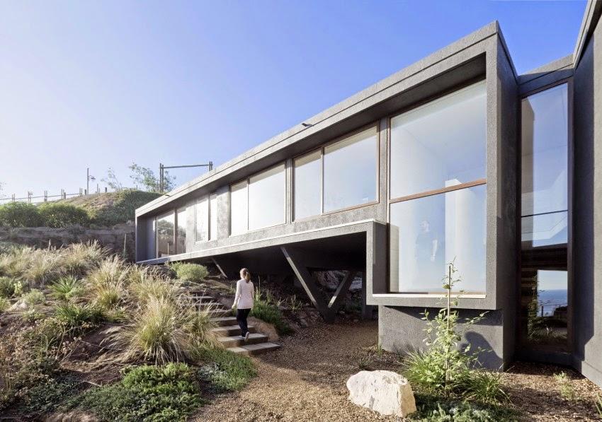Rumah Minimalis Modern Yang Mewah Karya LAND Arquitectos