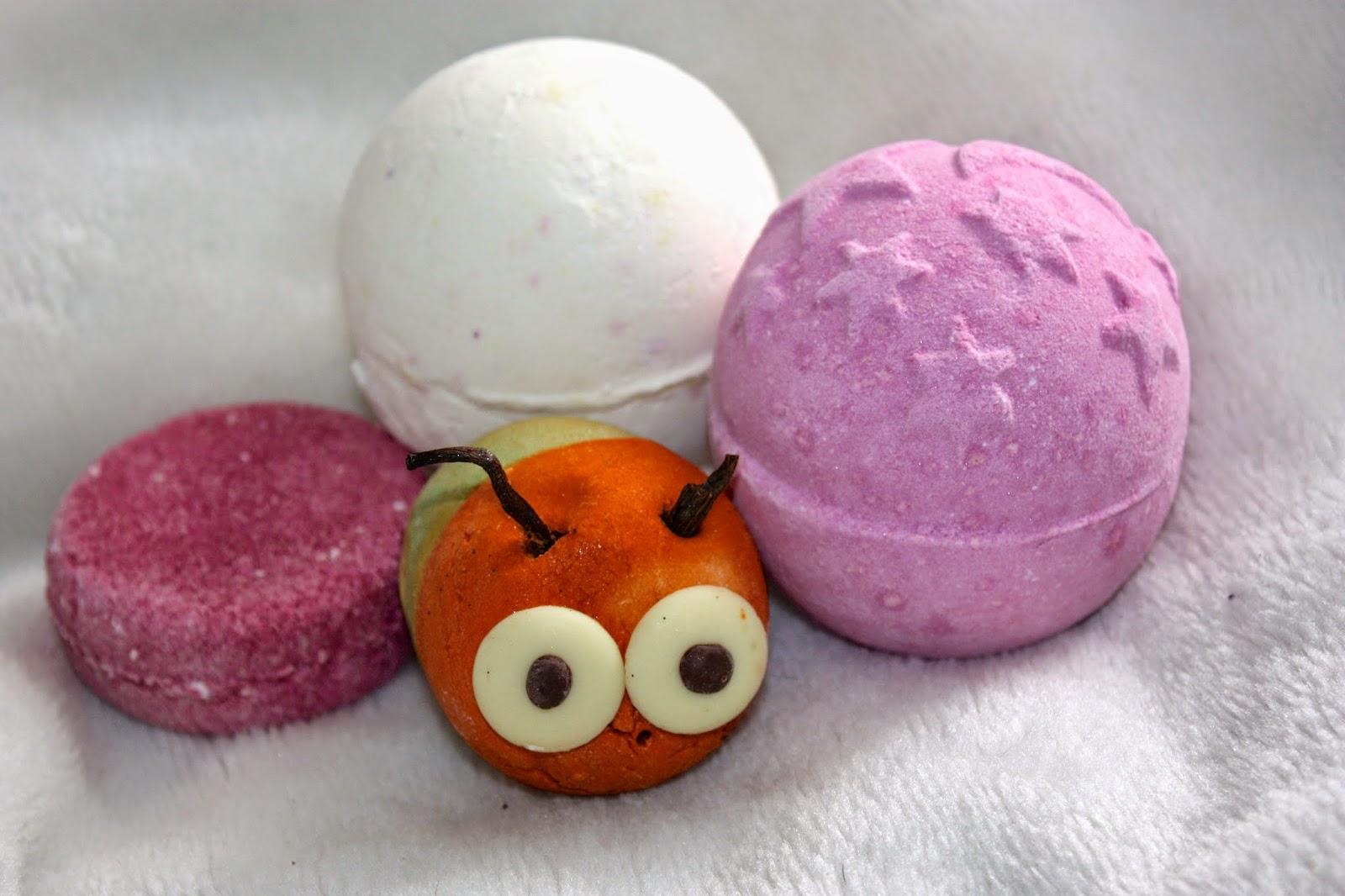lush bathbomb, bubbleroon, bubble bar, shampoo bar, argan oil, jason, twilight, bubble grub, dragons egg