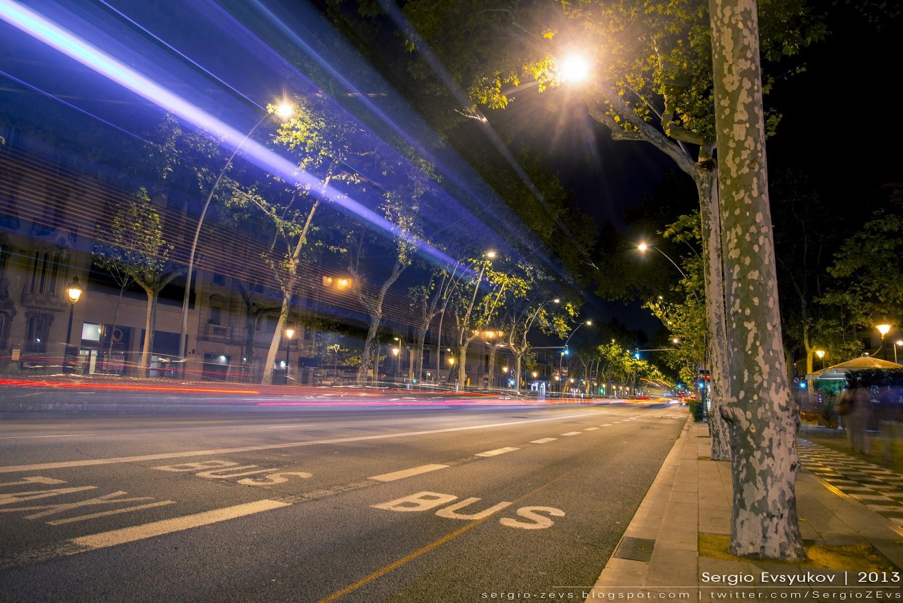 Gran Via de les Corts Catalanes at night