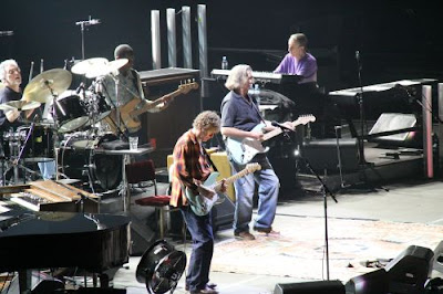 """BEOGRADSKA ARENA"" - ΒΕΛΙΓΡΑΔΙ : ERIC CLAPTON + STEVE WINWOOD (Together tour 9/6/2010 )"