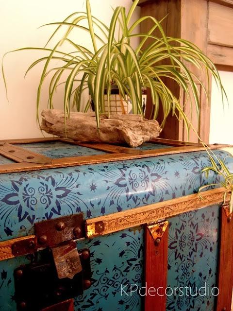 Tienda de muebles vintage. Baules antiguos restaurados en valencia a buen precio