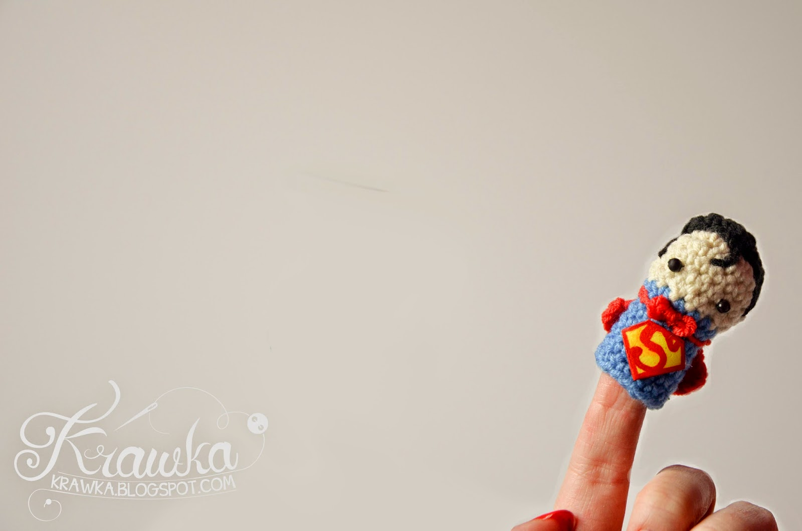 Krawka: Desktop wallpaper with light background and funny character - superman in front