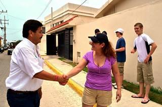 En presunta plática, Borge se exhibe como jefe de campaña del PRI en Isla Mujeres – Por Carlos Cantón Zetina
