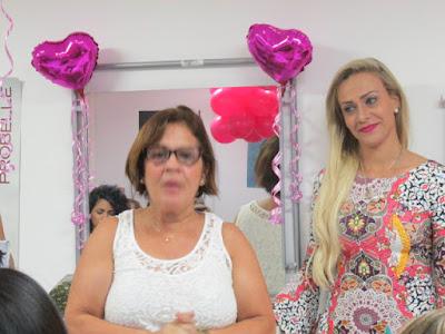 Luanda Barbie e representante da Pink Perfumaria