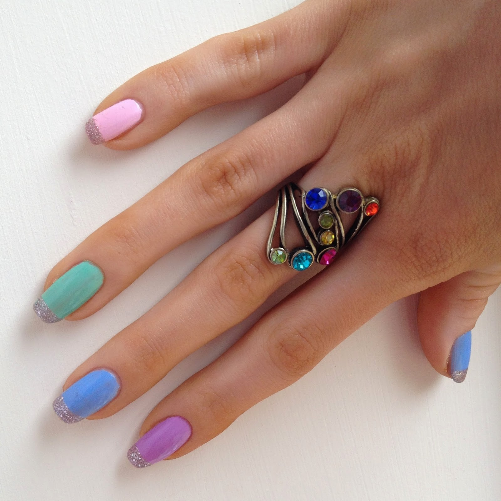 easter-nails-colourful-glitter-tips