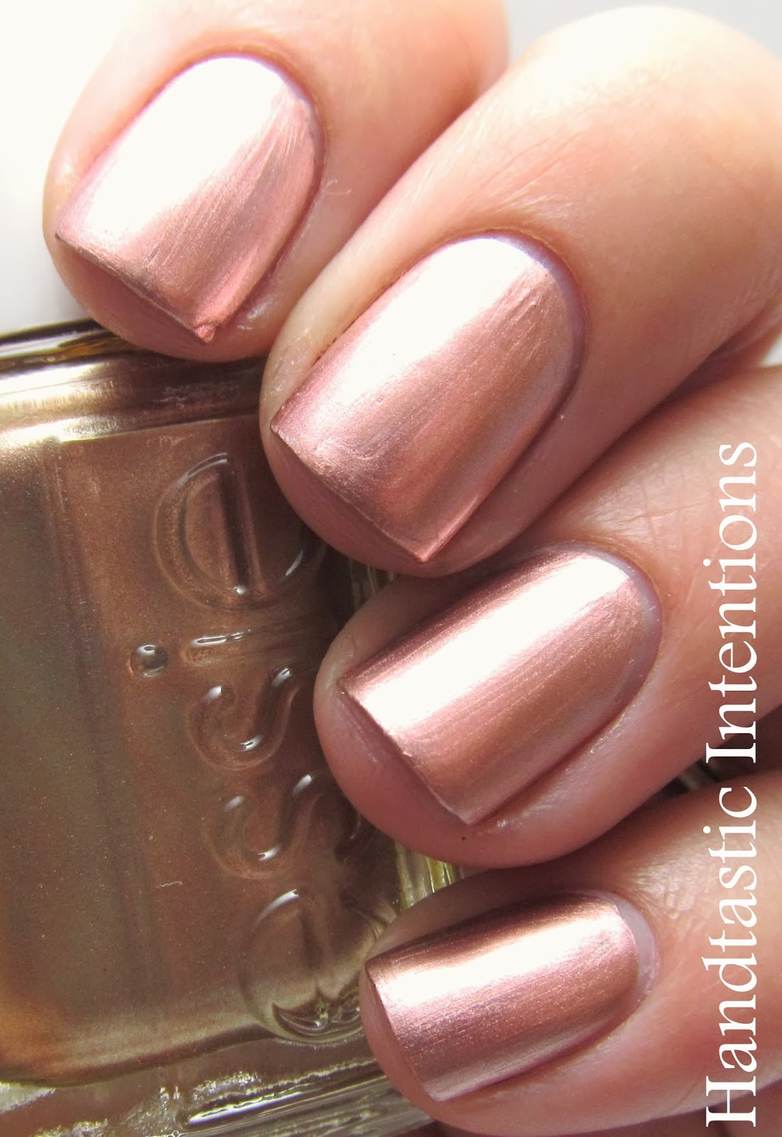 Handtastic Intentions: Swatch and Review of Essie Penny Talk