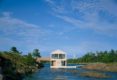 Плавающий дом, Канада