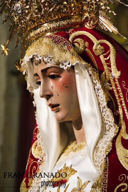 http://franciscogranadopatero35.blogspot.com/2013/12/rocio-del-cielo-en-el-barrio-de.html