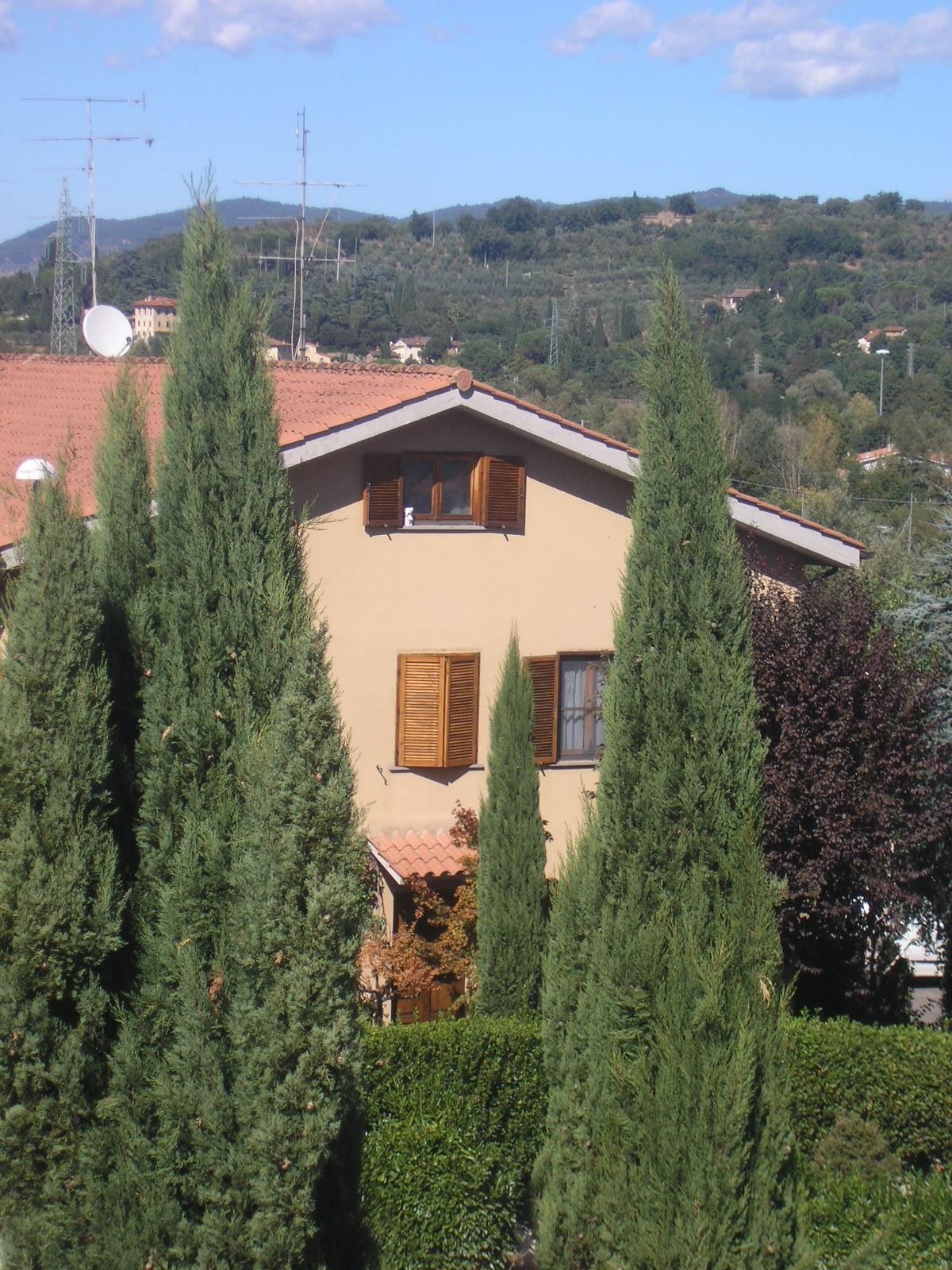 Tuscan glam la manutenzione della finestra in legno toscana - Manutenzione finestre legno ...