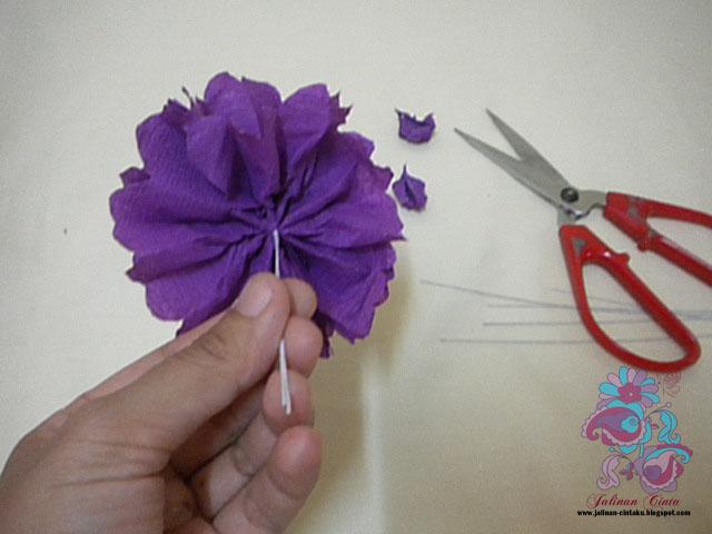 TUTORIAL CREPE PAPER FLOWER ~ Blog Jalinan Cinta