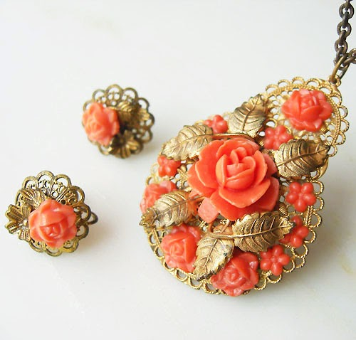 Antique Celluloid Fower Necklace