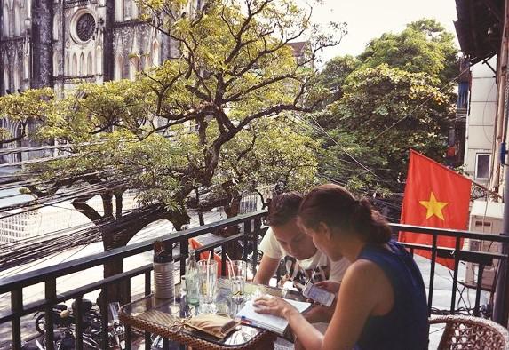 best coffee shops in hanoi