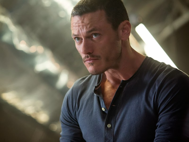Luke Evans sustituye a Jared Leto en la adaptación de 'The girl on the train'