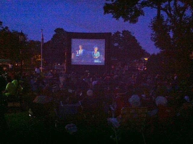 Outside-at-the-Movies-with-Shrek