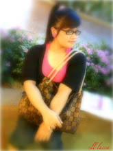 editor blogger ini Cik Ell Mode :)