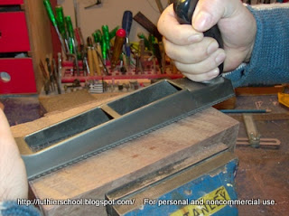 Πλάνισμα με πλάνη-ξύστρα