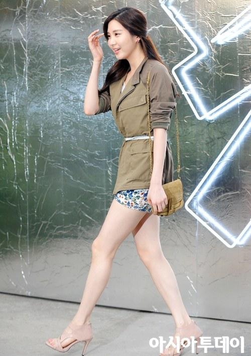 Yoon seo dating agency cyrano 3