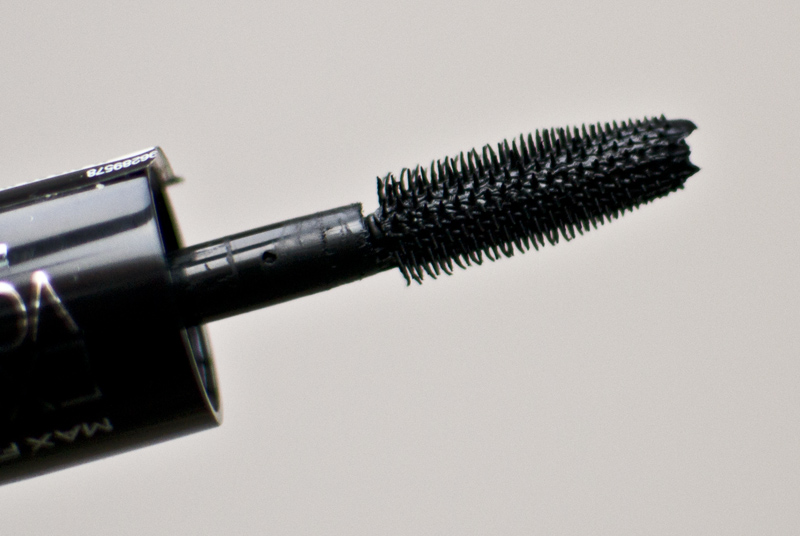 max factor excess volume extreme impact mascara