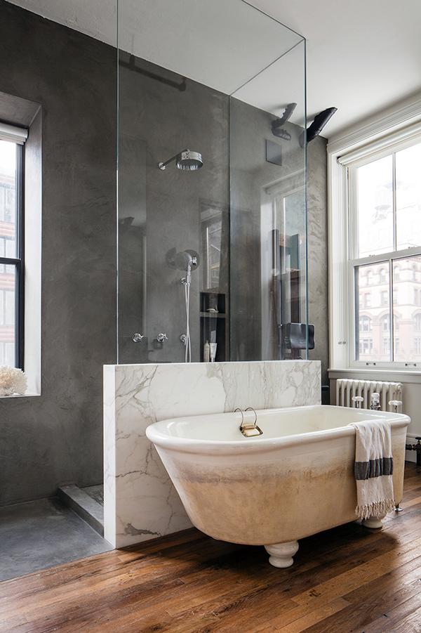 Bond street loft by ensemble architecture for Muret salle de bain