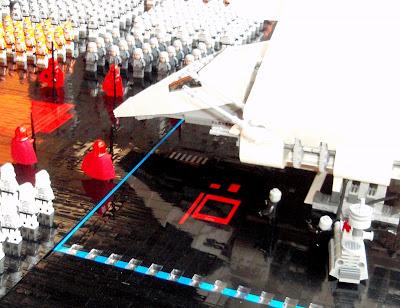 Star Wars Emperor's Arrival Scene In Lego Seen On www.coolpicturegallery.us