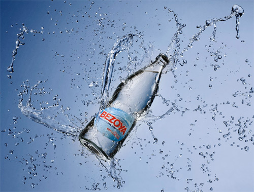 hidratación adecuada con agua mineral