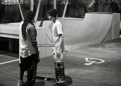 fotos de lil wayne y justin bieber patinando en la mansion de lil wayne