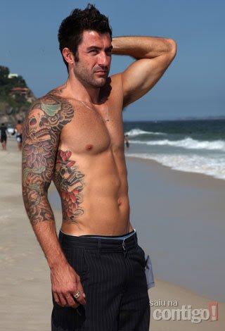 bbb cristiano tatuagem tatuado machao homem barbudo peludo gato sarado gostoso gay nata do leite