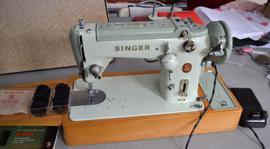 Tailor Or Failure Demonstrating Some Attachments Using A Singer 40K Delectable Singer Sewing Machine 1960