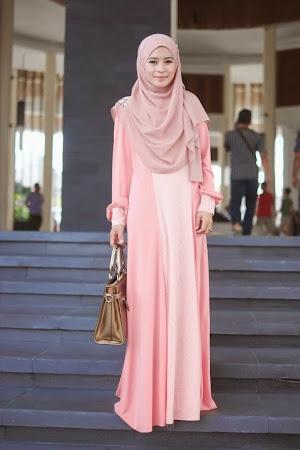 Elegan & Menawan.  Dress Yang Trendy. Menawan Dengan Gaya Sopan