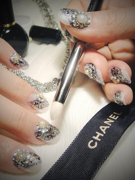 stylish nail polish trends 2011