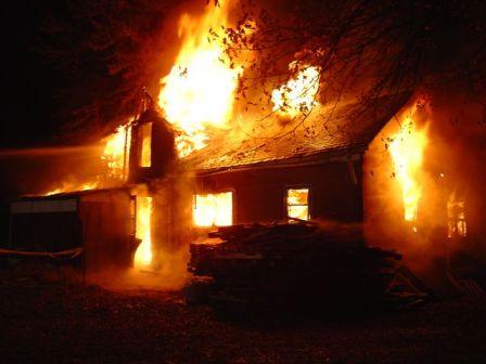 Καίγεται η Πατρίδα μας, καίγεται και το Βιος μας …δεν φταίει κανείς ;