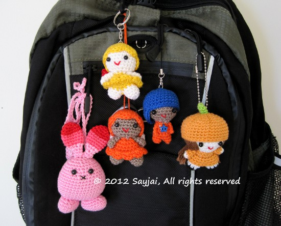 Amigurumi Crochet Keychain : How to attach a doll to a bag or keyring sayjai amigurumi