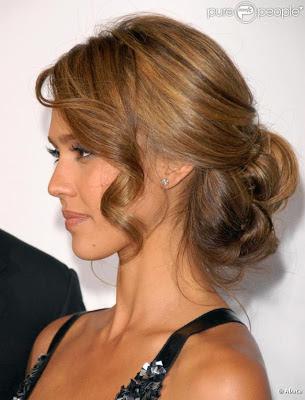 Acconciature capelli media lunghezza semiraccolti