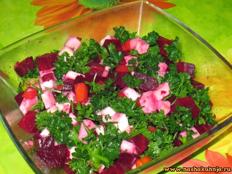 Свекольно - морковный салат с паниром