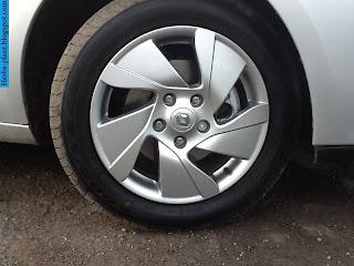 Renault fluence car 2013 tyres/wheels - صور اطارات سيارة رينو فلوانس 2013