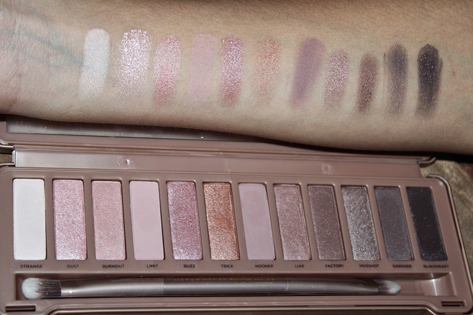 women pink fashion urban decay naked 3 swatches look. Black Bedroom Furniture Sets. Home Design Ideas