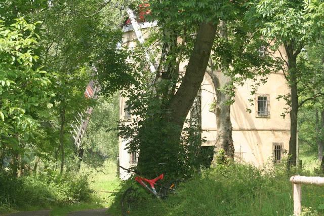Lichtenberger Mühle am Lichtenberger Teich (Svetlik) Nordböhmen