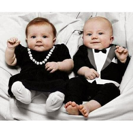 gambar bayi lucu memakai baju resmi