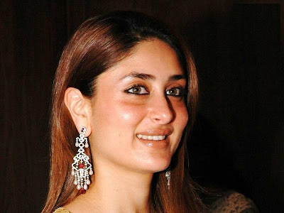 Kareena Kapoor Hot Smile