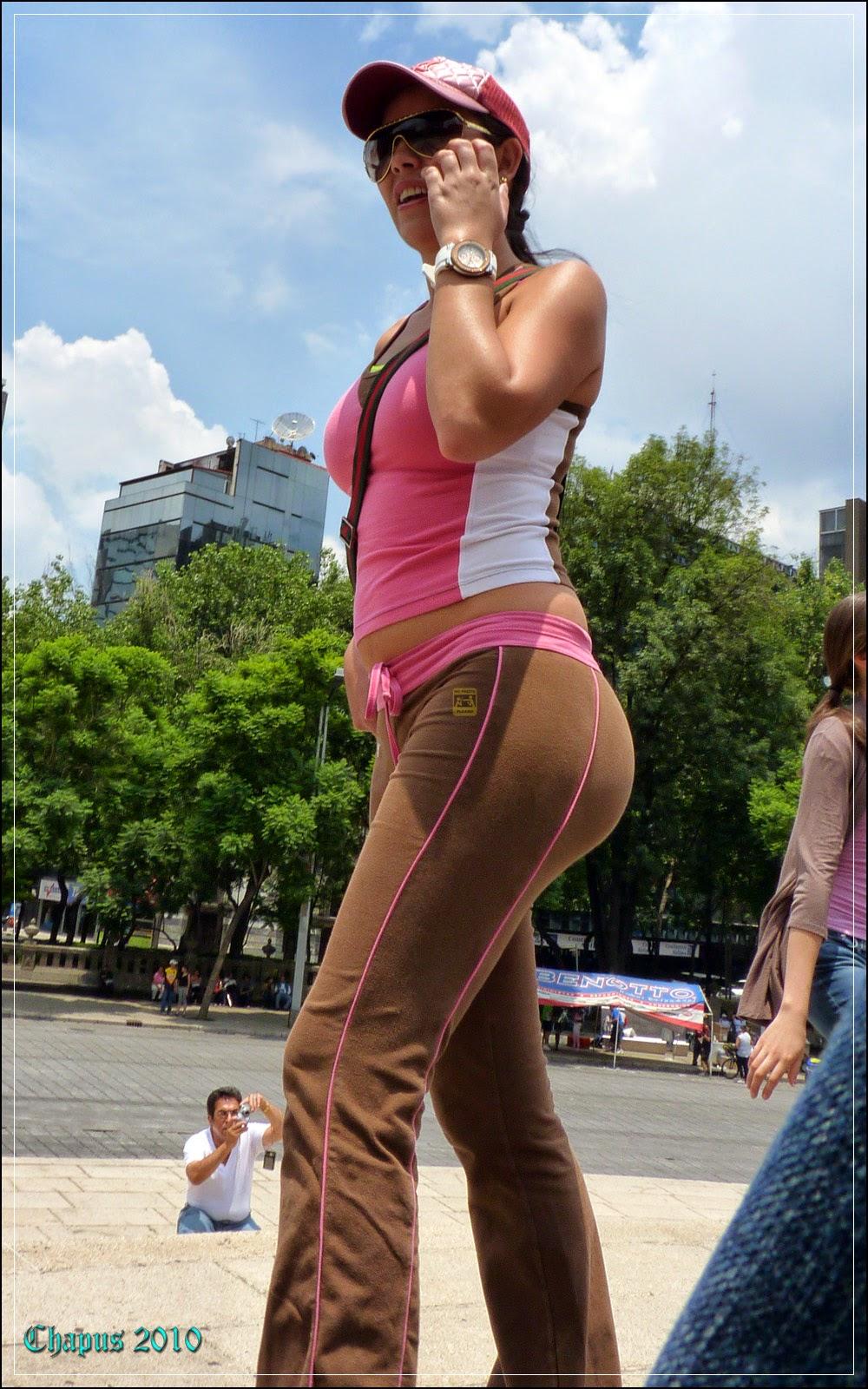 fotos de mujeres jovenes culonas por la calle - Bellezas en la calle