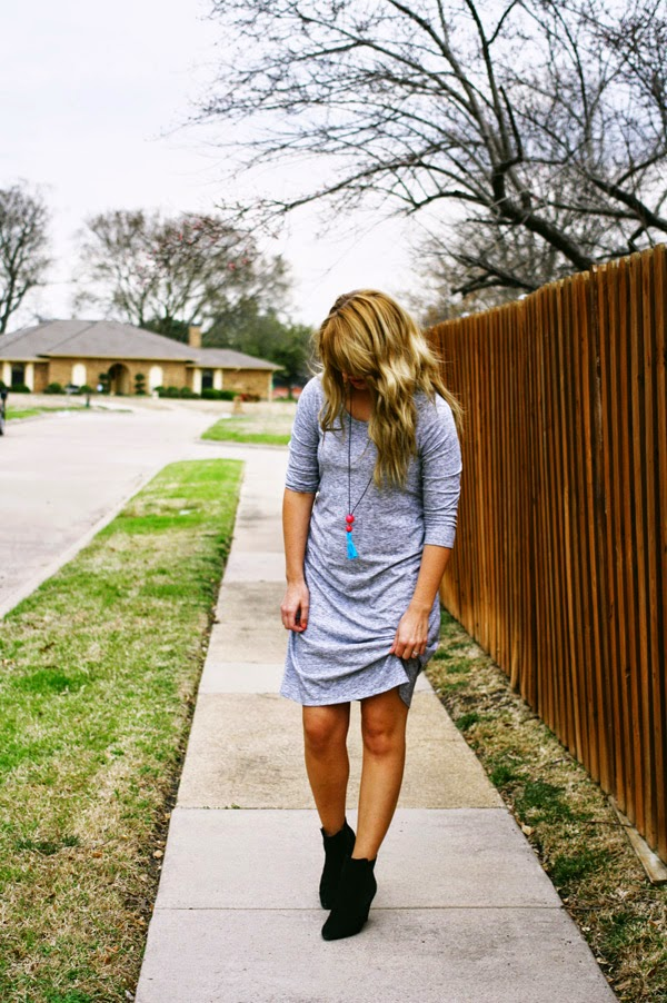 Gray_dress_and_booties