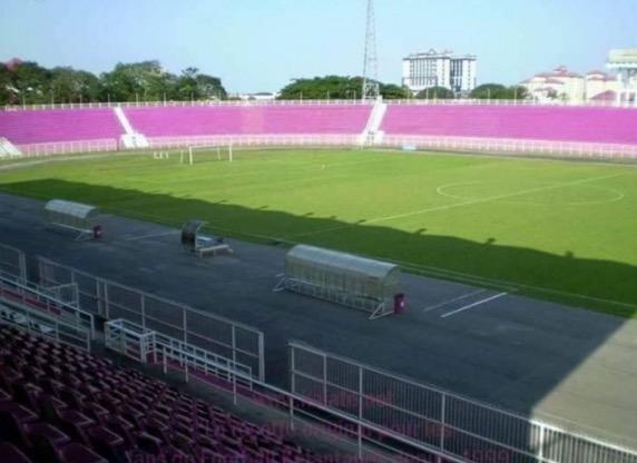 Stadium Sultan Muhammad IV warna 'pink' viral