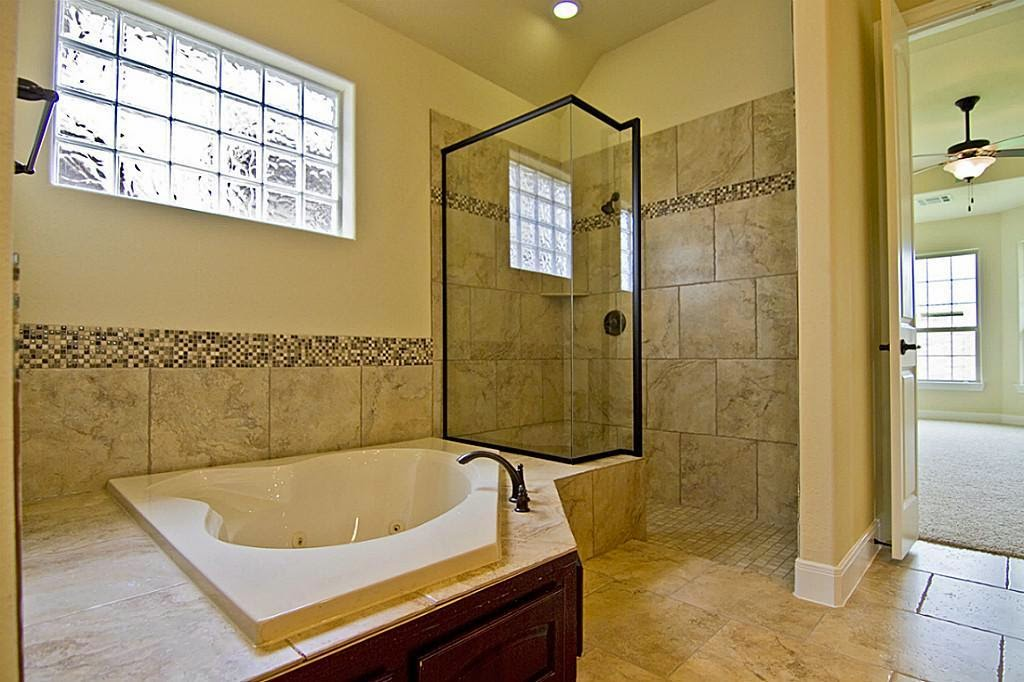 natural light doorless shower