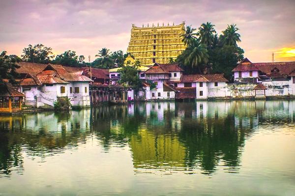 trivandrum sree padmanabhaswamy temple timings, sree padmanabhaswamy temple dress code, padmanabhaswamy temple photos, anantha padmanabha temple trivandrum latest news, padmanabhaswamy temple trivandrum dress code