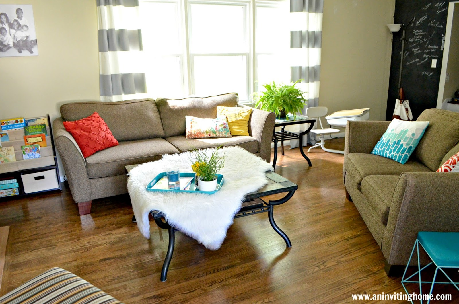 i 39 m trying to think if i 39 ve seen rooms without rugs that look good. Black Bedroom Furniture Sets. Home Design Ideas